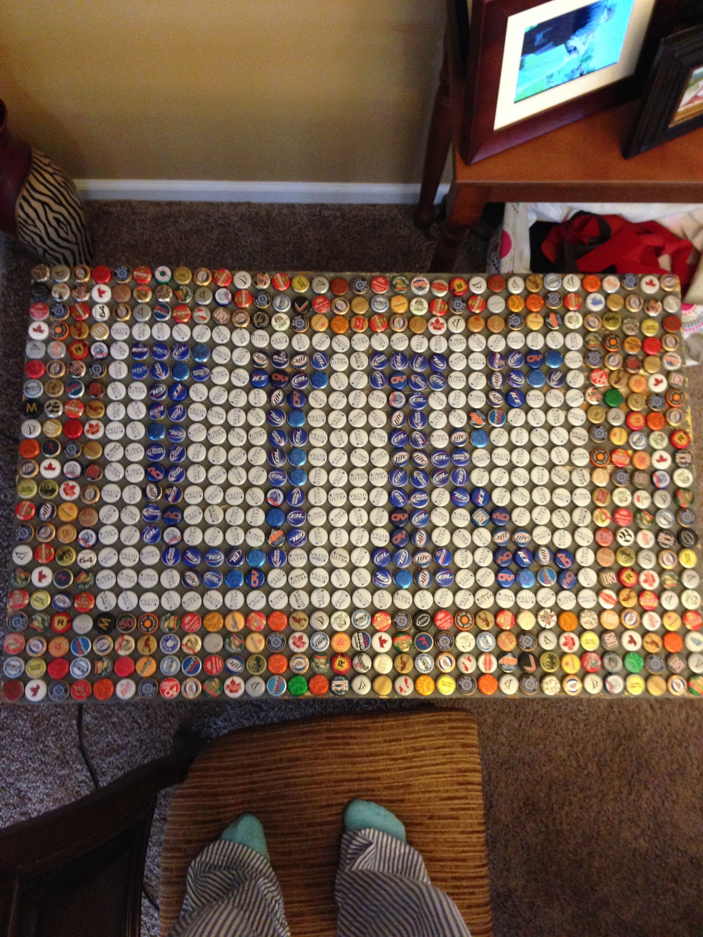 beer bottle cap table Want to make Pinterest