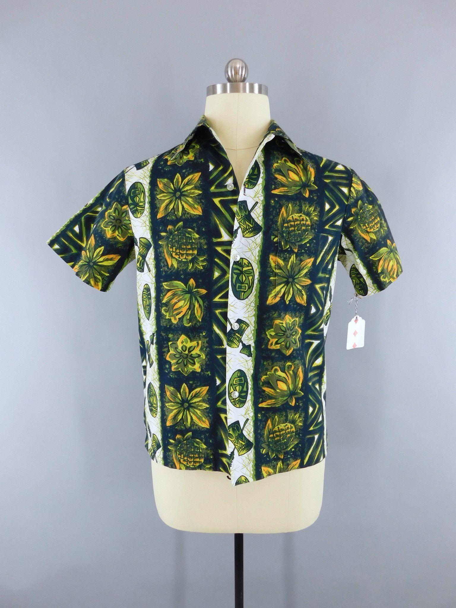 fd13ff98 Vintage 1960s Hawaiian Shirt / Green Pineapple Polynesian / Ui-Maikai  #AlohaShirt #60s #aloha #1960s