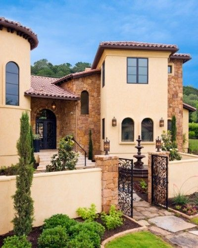 Mediterranean Home Colors Exterior: Mediterranean Exterior By Vanguard Studio Inc.