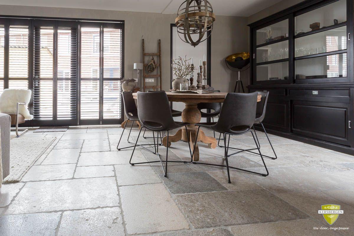 Bourgondische dallen natuursteen vloer in gouda natuursteen