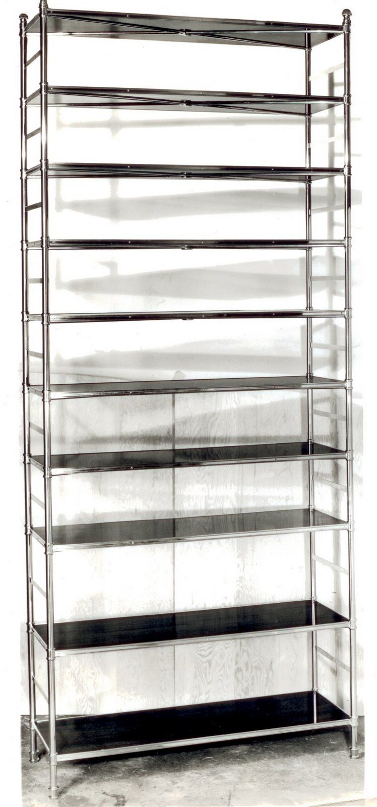 Etagere 130 Cm Billy Baldwin Porter Etagere The Perfect Bookcase In Brass