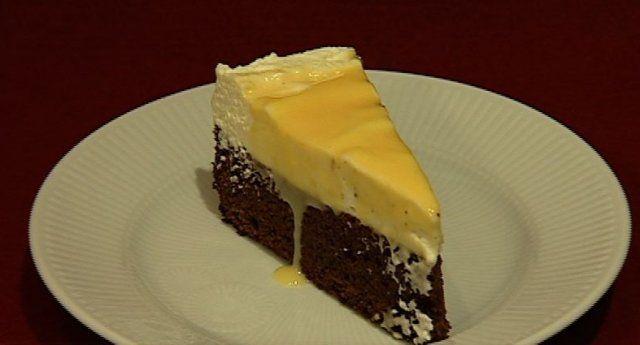 Schokoladenkuchen mit Sahne und Eierlikör (Silvia Laubenbacher)