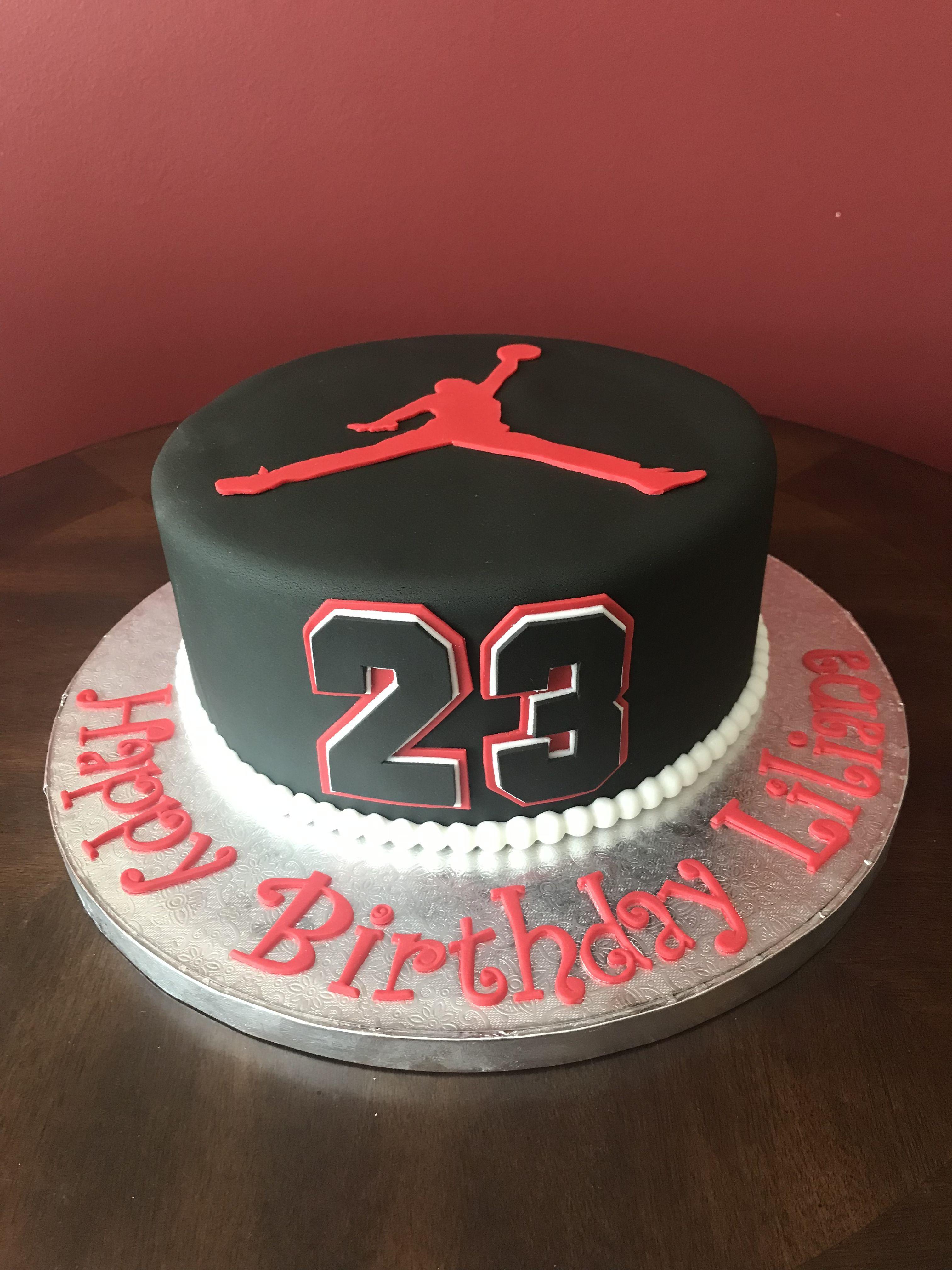 Michael Jordan Birthday Cake With Images Jordan Cake Michael