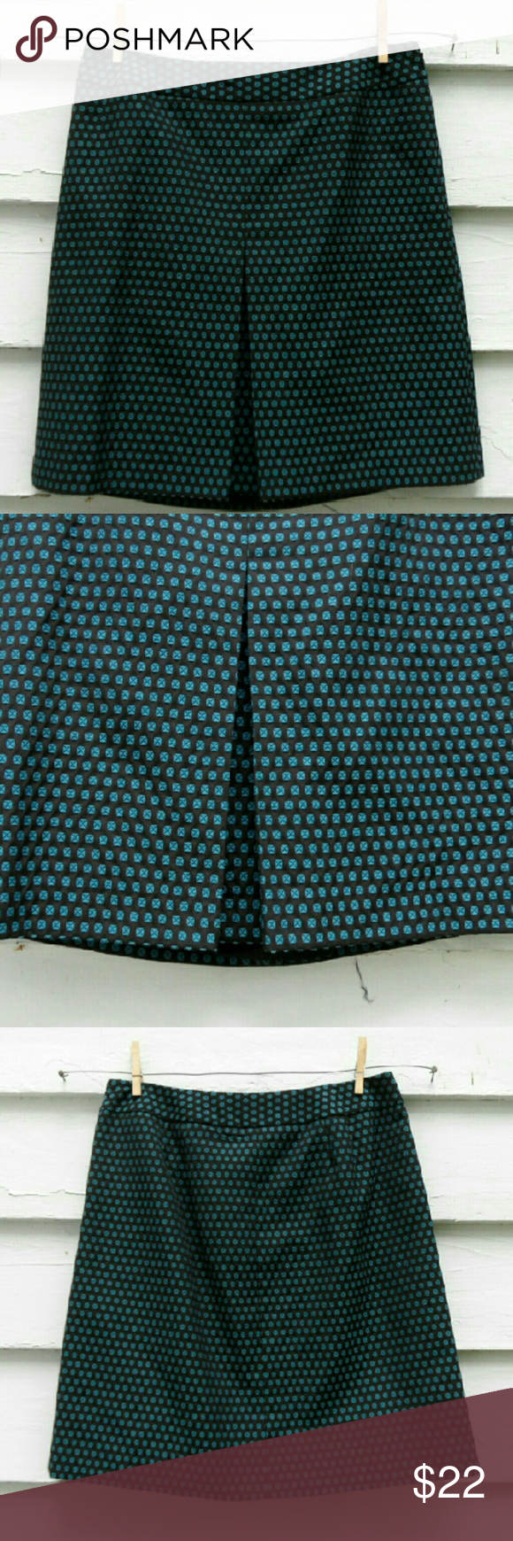 Ann Taylor LOFT skirt Black & blue Ann Taylor LOFT skirt. Perfect to wear to work or a business event. In mint condition! Make an offer LOFT Skirts