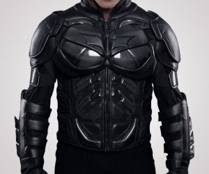Kevlar Batman Motorcycle Jacket Let Batman's kevlar suit protect you while you ride your motorcycle. Form molded hard and soft shell visible Kevlar details. Jacket sleeves feature adjustable leather gauntlets. Removable body armor in forearms, elbow, shoulder and spine.