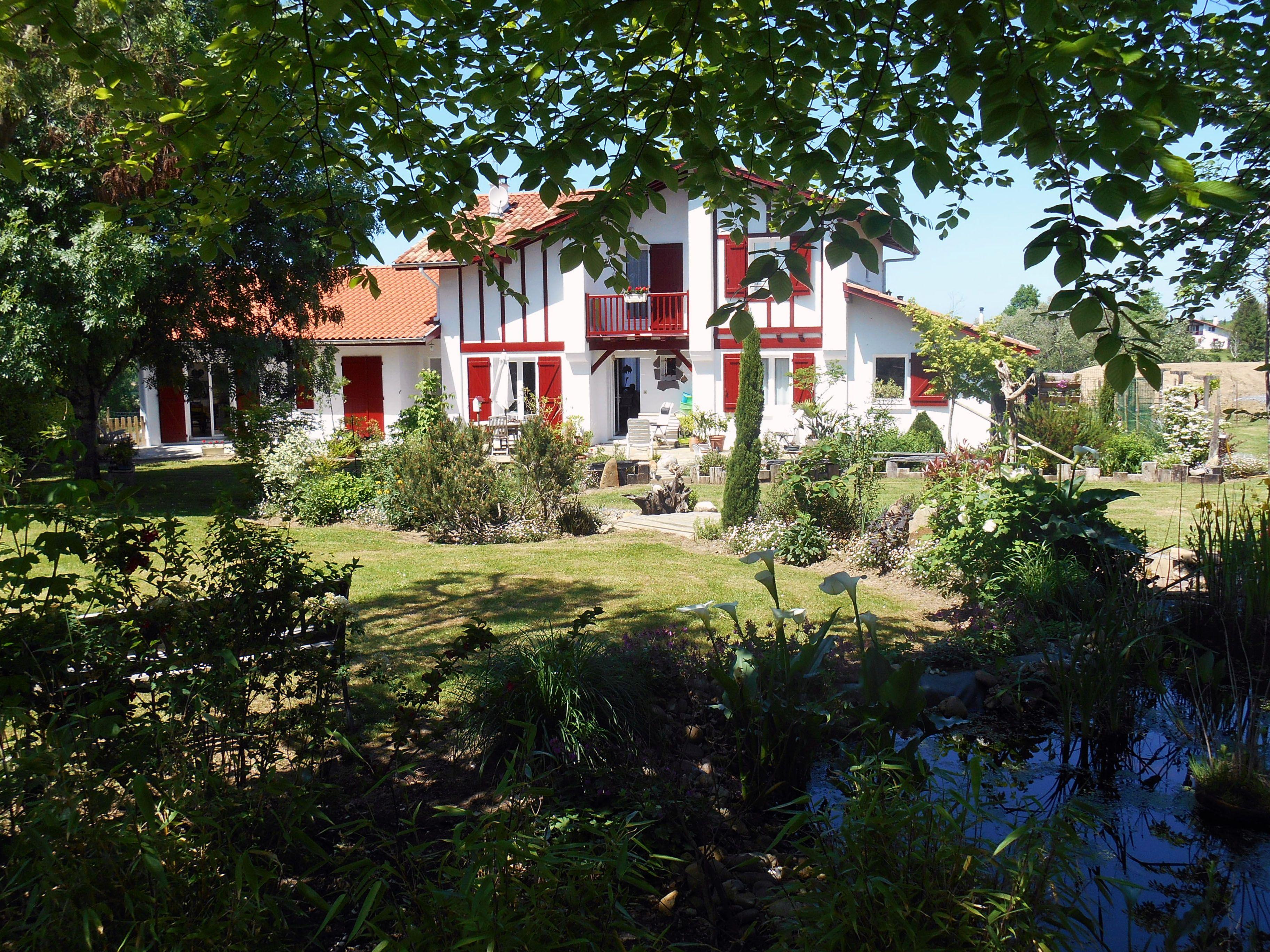 Chambre D Hotes Lanoki Pays Basque Chambre Lorea Larressore Pays Basque Espelette Basque