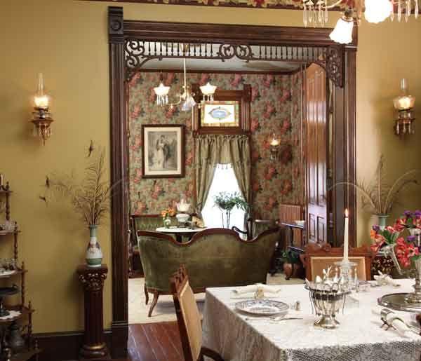 Farmhouse Victorian Guest Cottage | Victorian home decor ...