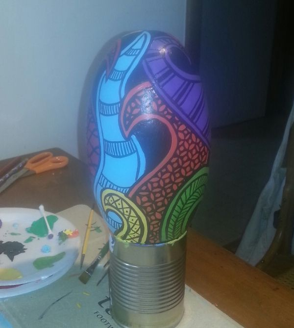painted lingum rock to stand in garden = B-Brilliant Decorative Painting