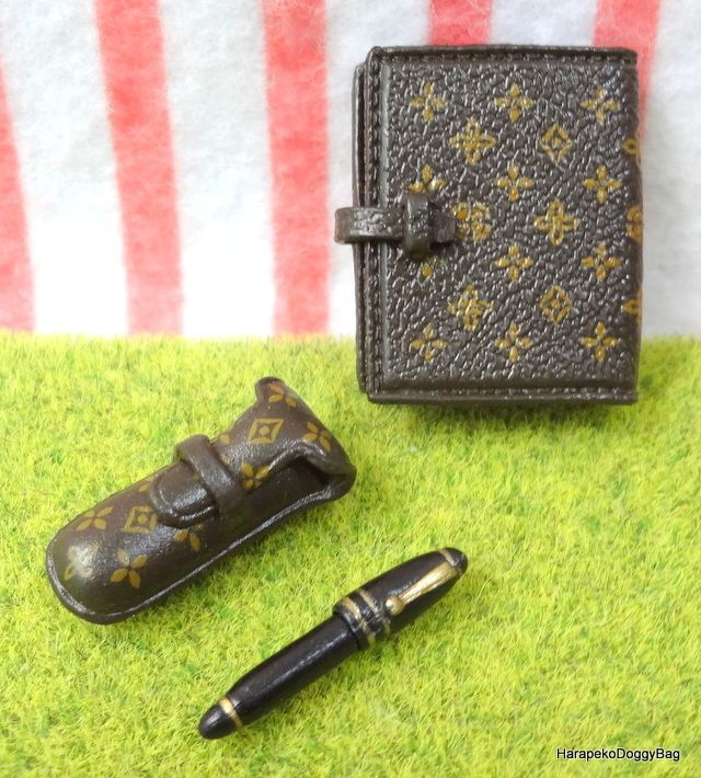 Re-ment / Rement : Japanese Dollhouse Toys : Department Shopping / Department Store #5F :  Miniature Men's Fashion Accessories / Briefcase / Schedule Planner / Fountain Pen / Shoes
