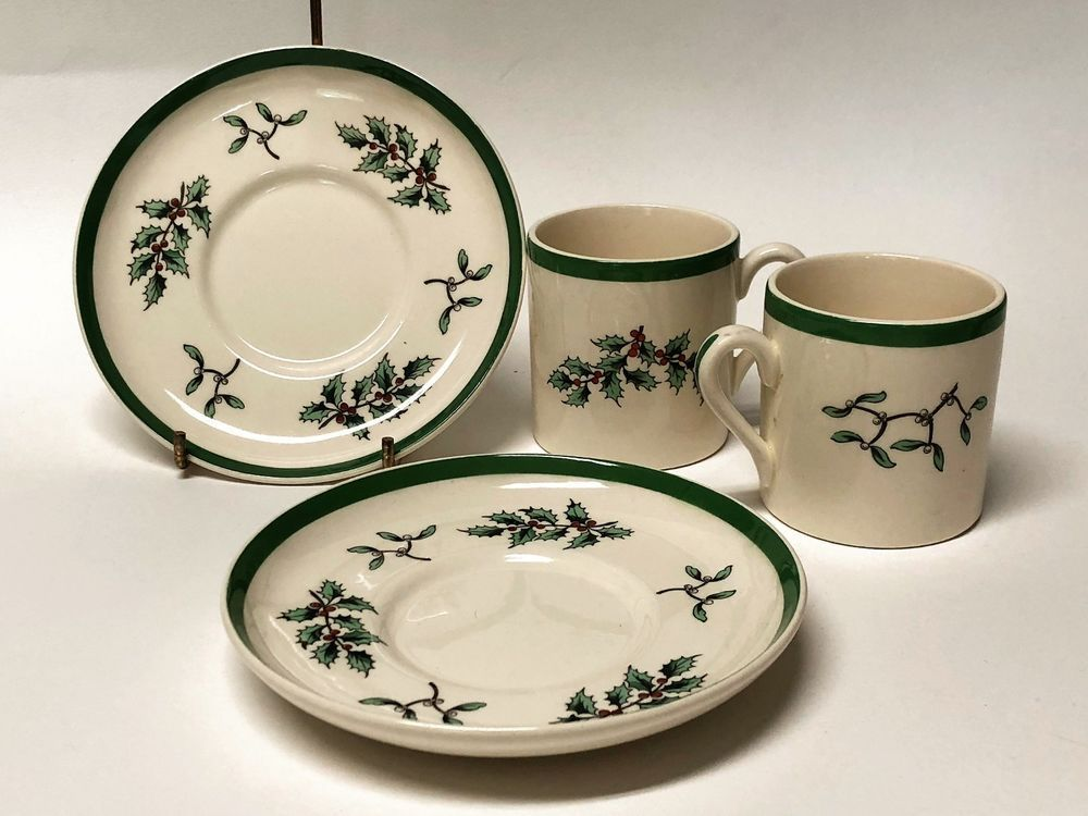 2 Spode Christmas Tree S3324 Demitasse Cup And Saucer Holiday Green