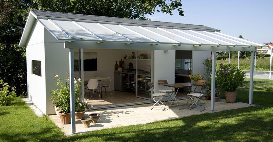Nice Schw rer Gartenhaus aus Holz im Bausatz f r individuelles Garten Design Schwoerer Gartenhaus