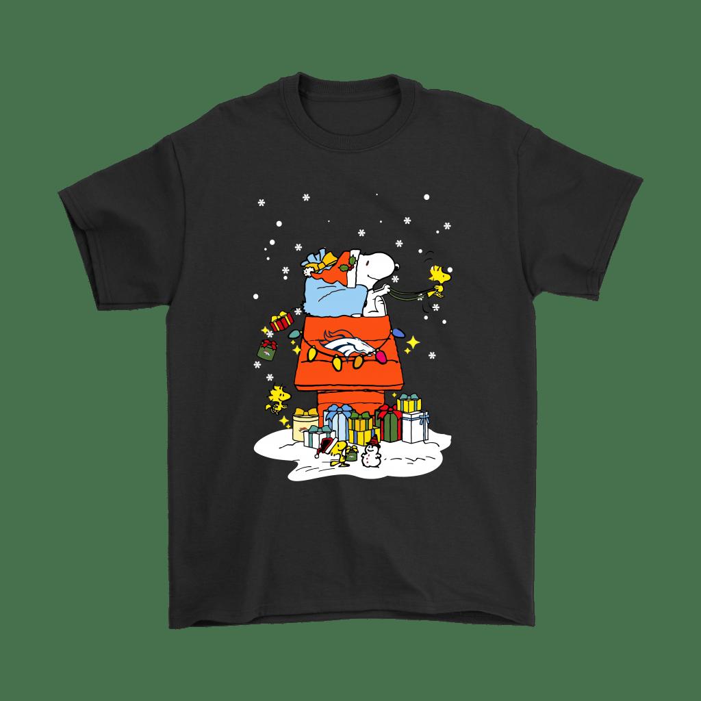 Denver Broncos Santa Snoopy Brings Christmas To Town Shirts - Geek Tarven  Christmas Snoopy shirt