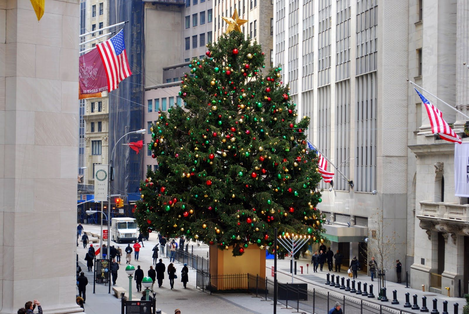 Christmas Trees to Visit in NYC Christmas tree