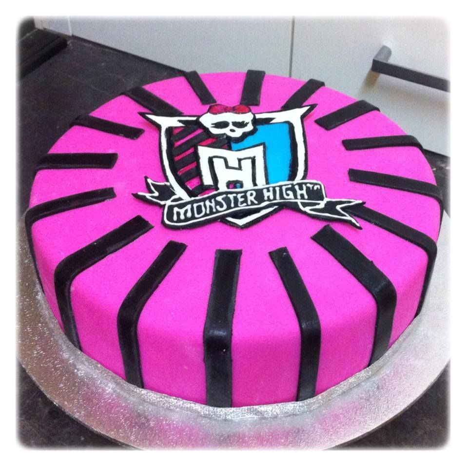 Monster High Cake. Bright Pink and black strips. Logo made from Fondant by Kimaco Cakes.