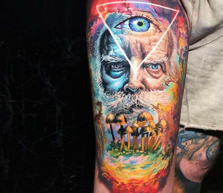 Full Colors Tattoo By Steve Butcher Color Tattoo Alien Tattoo Colour Tattoo For Women
