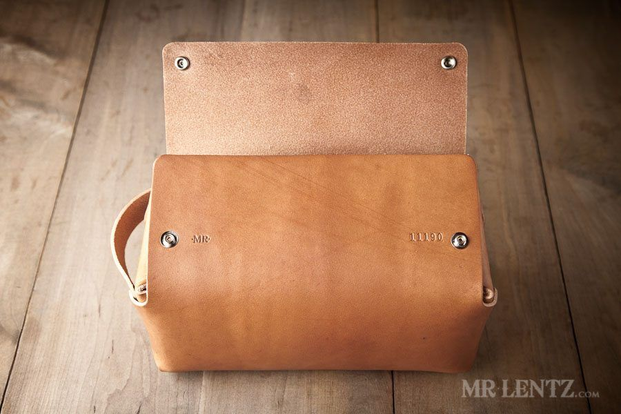 24ebe3eb87 Mens Toiletry Bag - Leather Toiletry Bag