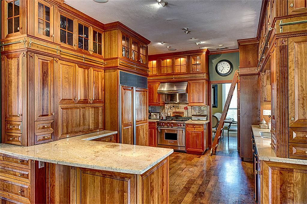 A Great Rustic But Fancy Kitchen The Cabinets And Floor Are Rich