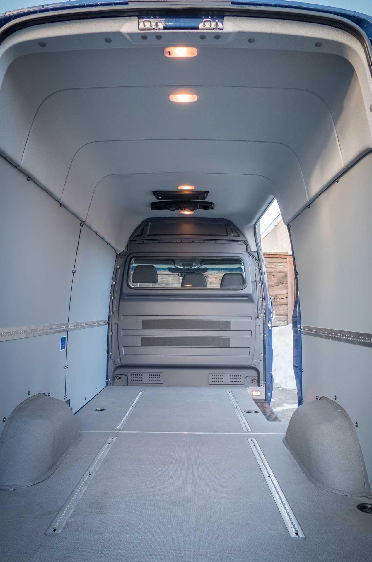 Cargo Van Roof Air Conditioner In 2020 Cargo Van Sprinter Van Air Conditioner