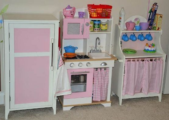 Nice Pink Wooden Play Kitchen Set For Kid