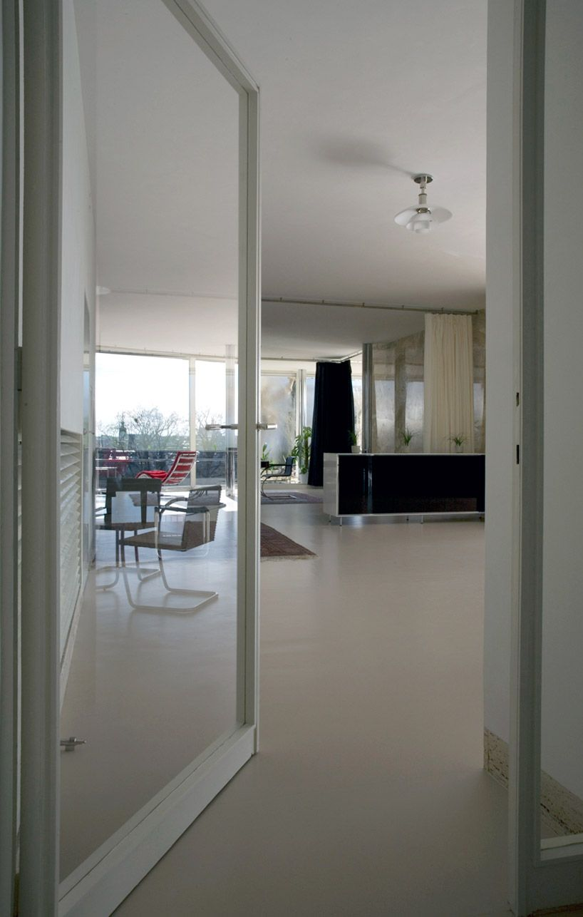 mies van der rohe villa tugendhat master architect. Black Bedroom Furniture Sets. Home Design Ideas