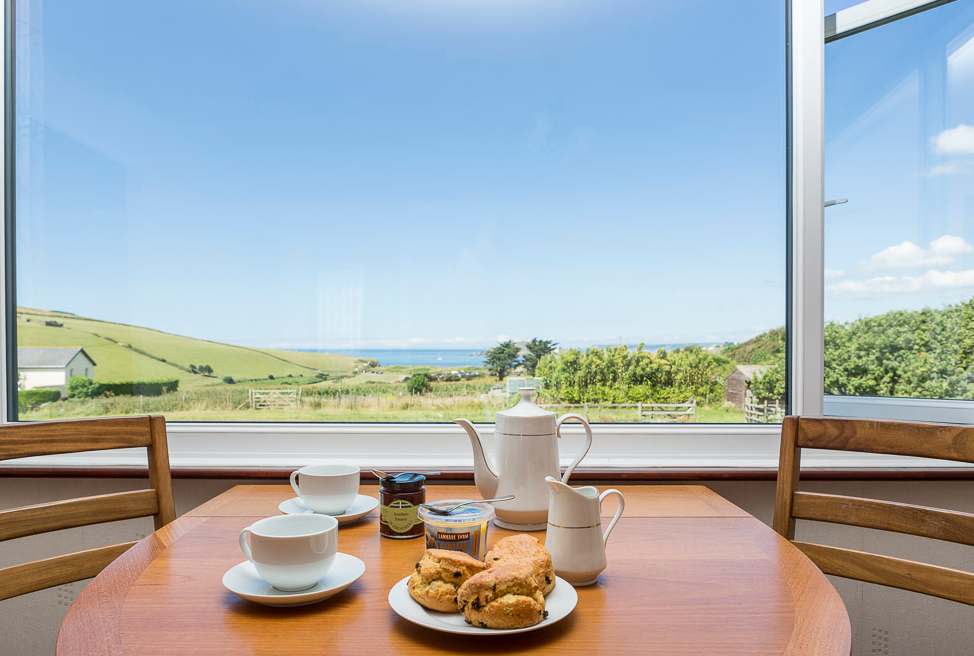 Bantham Holiday Cottages Offers Luxurious Self Catering Accommodation In Bantham Our Cottages Near Kingsbridge Holiday Cottage Pet Friendly Hotels Kingsbridge