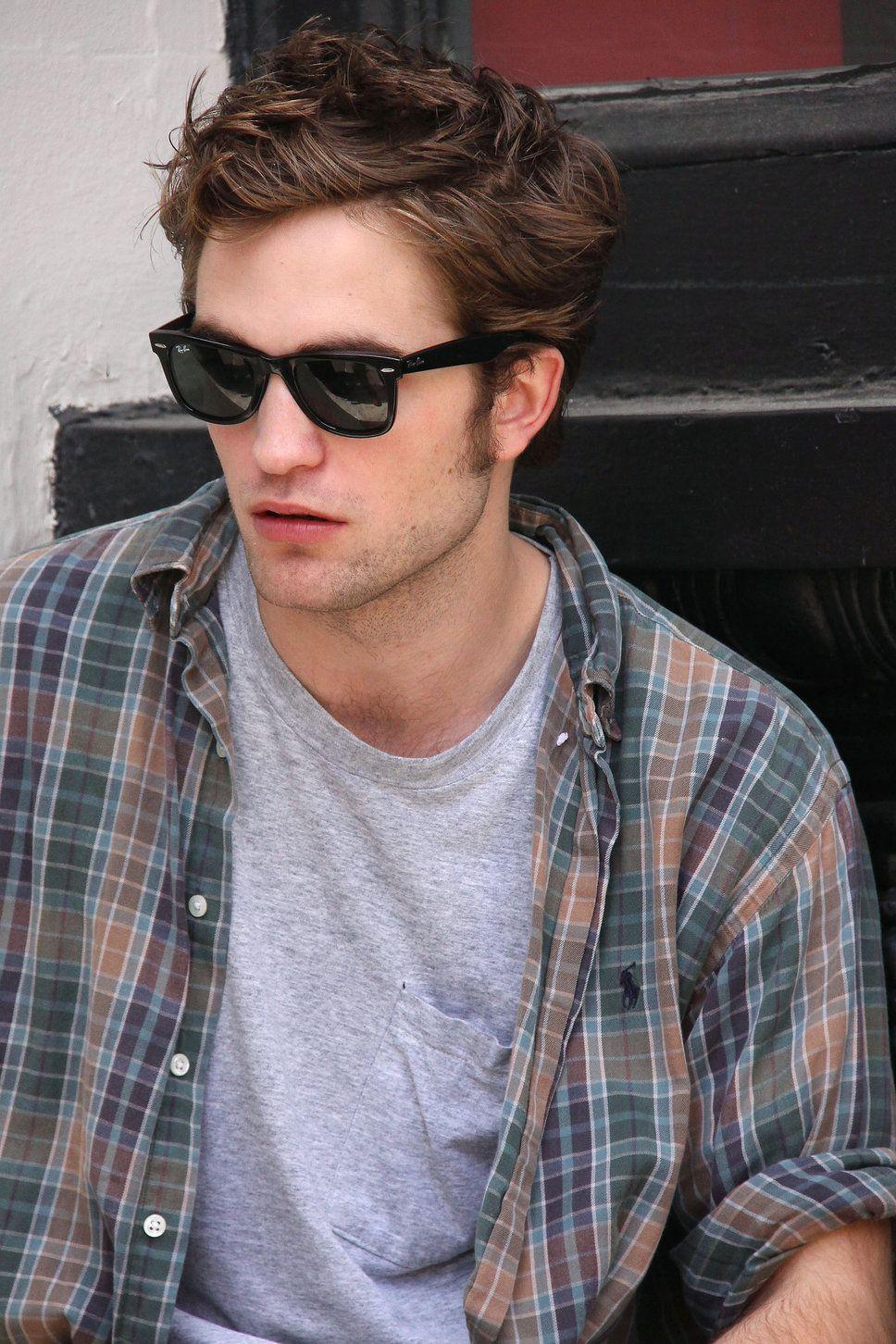 8205ce0885 Robert Pattinson ray ban justin