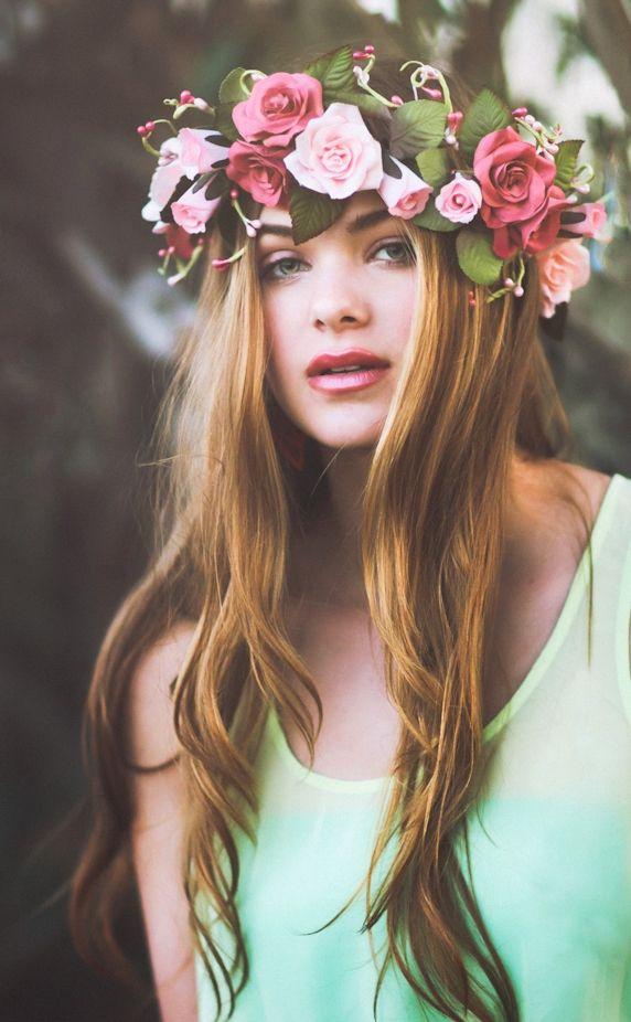 Фото венок из искусственных цветов на голову своими руками фото 762