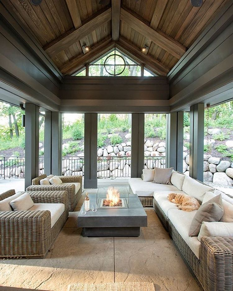 Conservatory? Screened porch? Outdoor living space indoors? Awesome