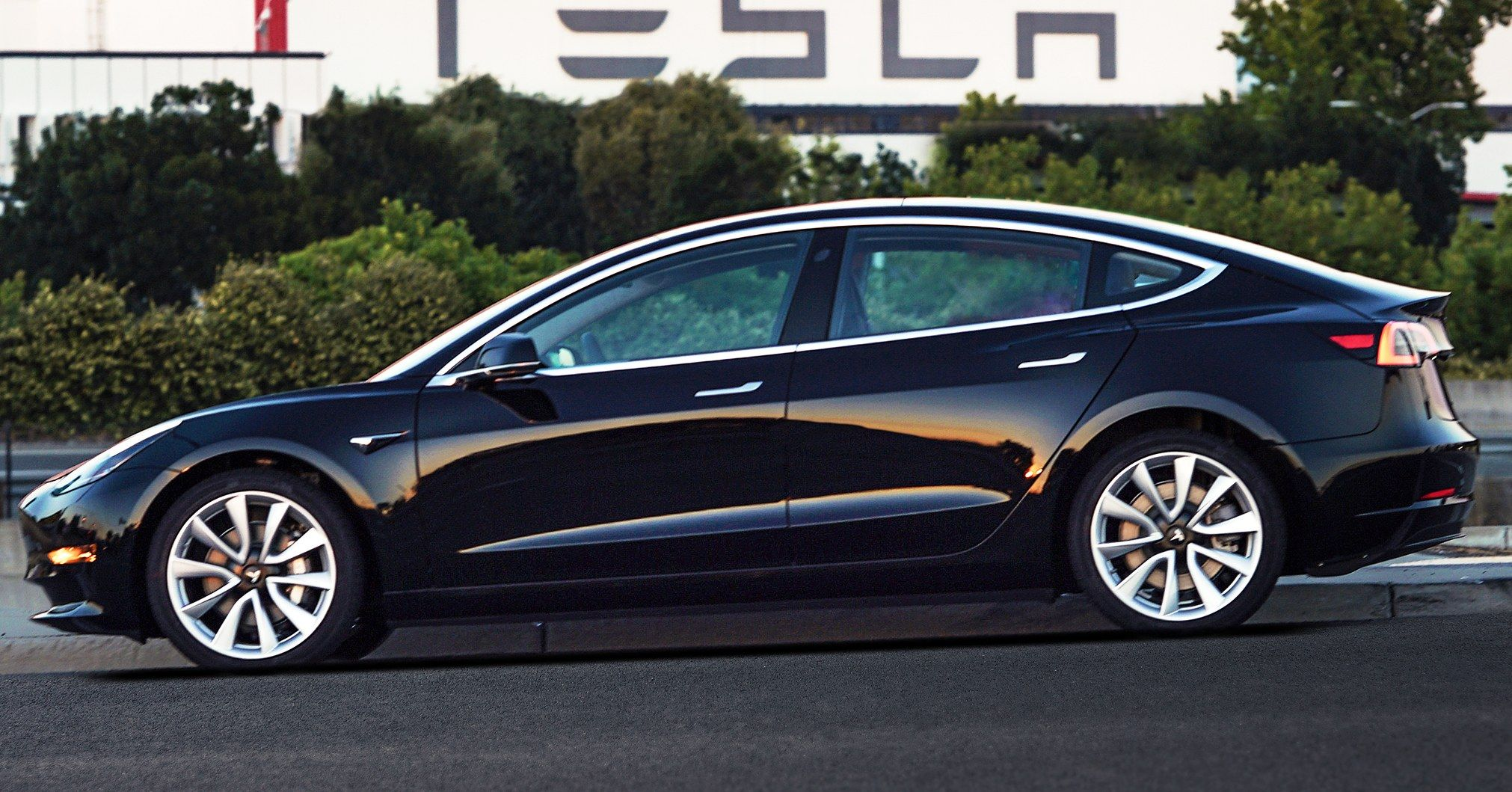 I drove a tesla model 3 here s what you need to know