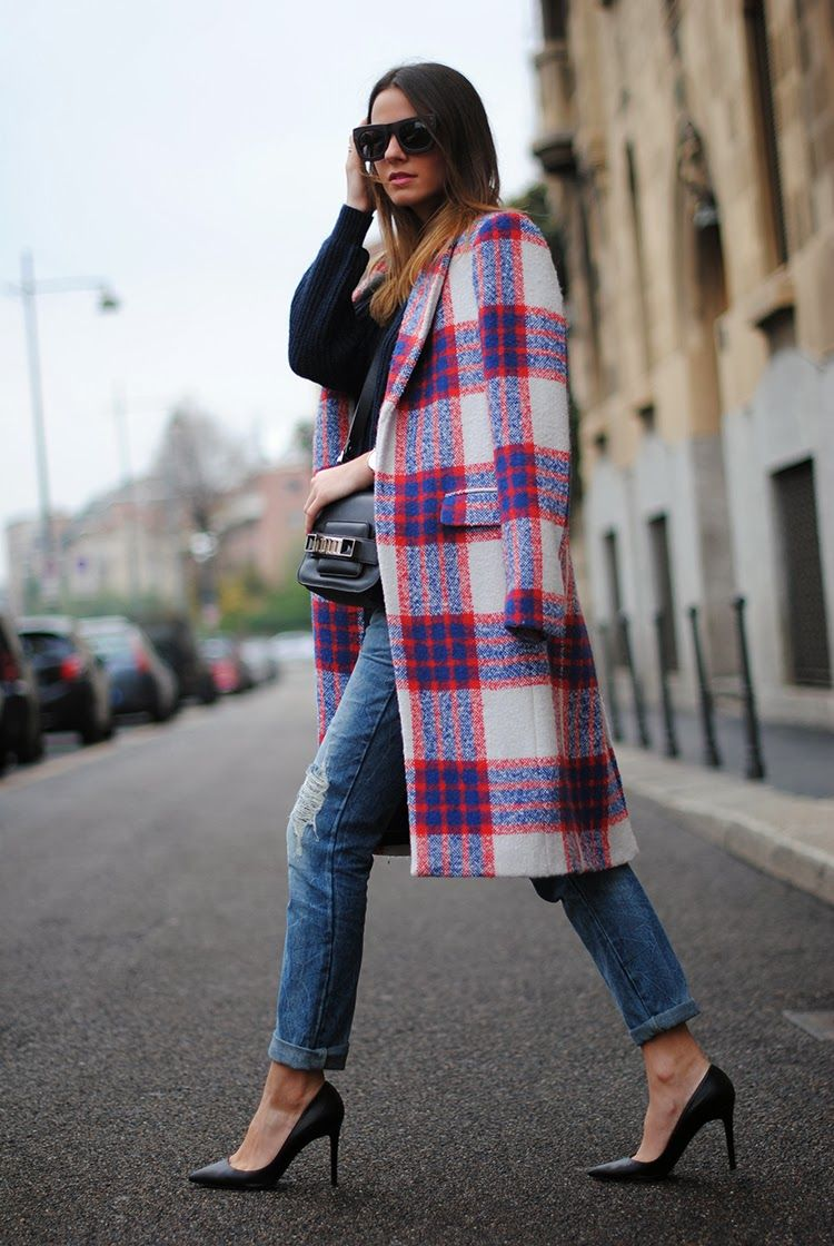 via eupili (fashionvibe) | plaid coat, plaid and street styles