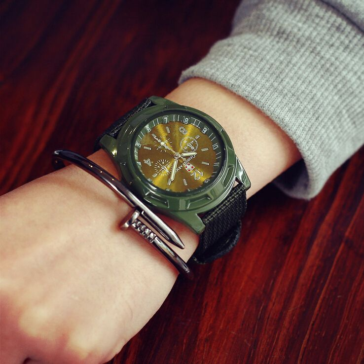 $5.25 (Buy here: http://appdeal.ru/5j4e ) Fashion Olive Black Nylon Canvas Mens Watches Watchband Lovers Design Military Wrist Watches For Men Quartz Sports Watch AB1488 for just $5.25