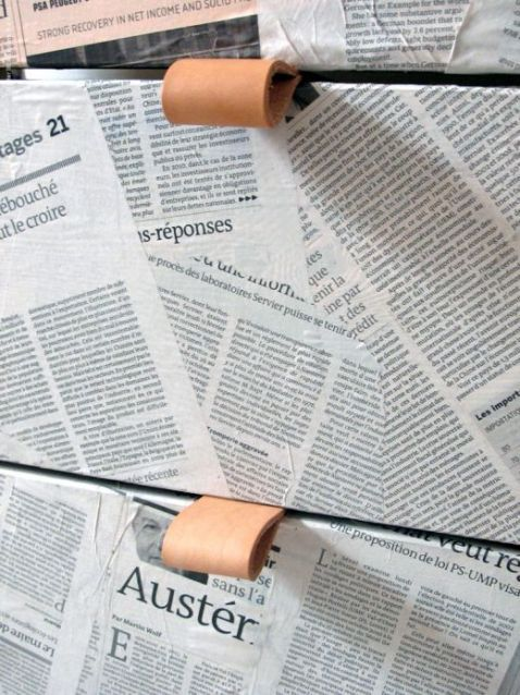 forrar comoda rast de ikea con papel de periodico