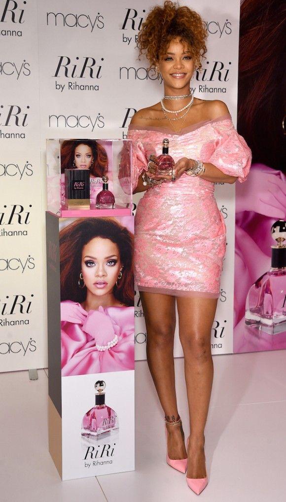 Cor-de-rosa   Moda rihanna, Rihanna y Personalidad