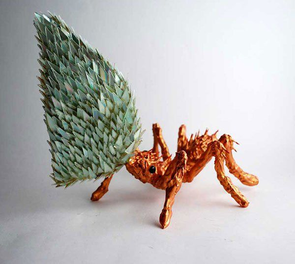You wont believe your eyes 30 incredibly beautiful animal sculptures made out of recycled cdsrecycled