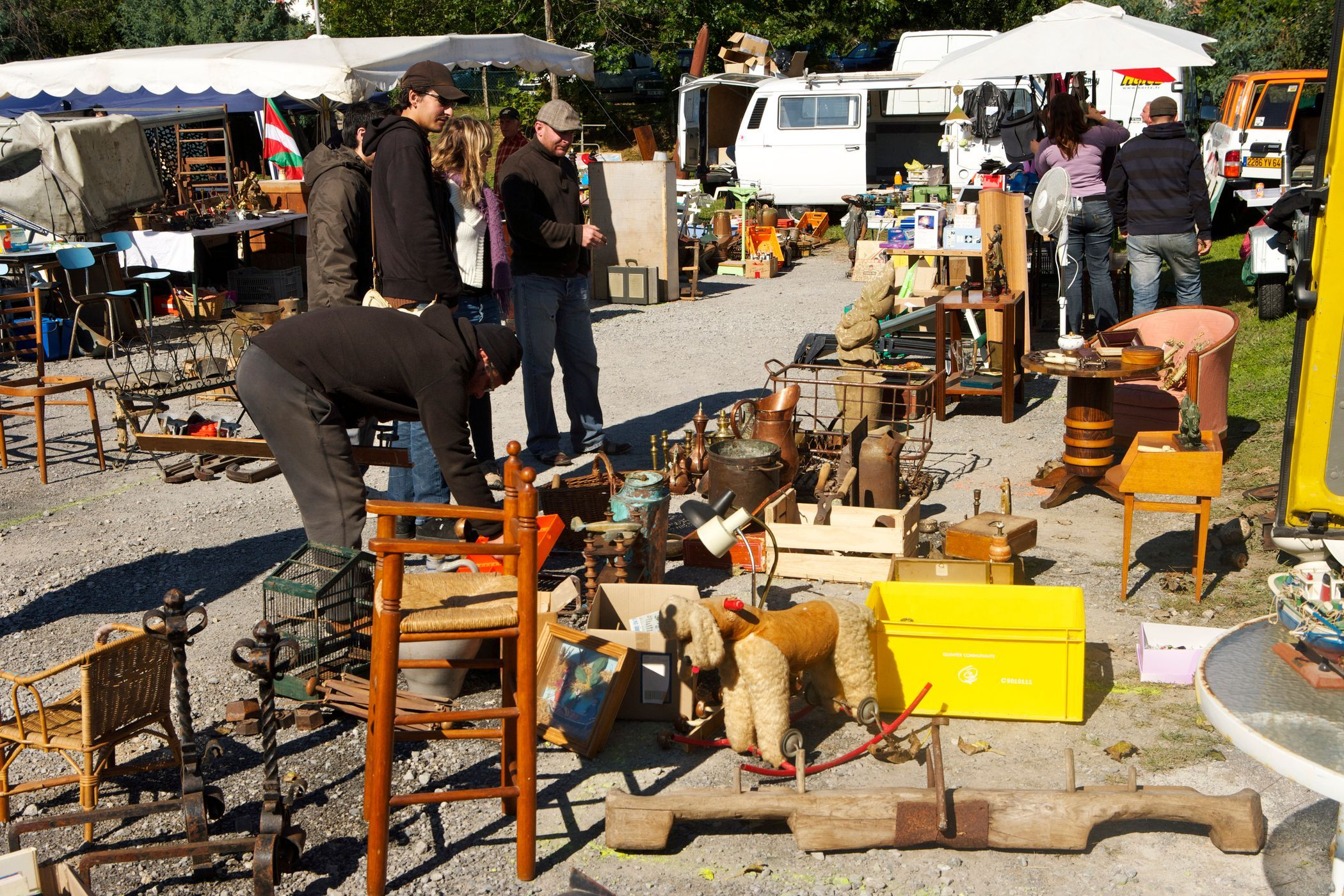 31w Treasure Hunt Yard Sale Tips And Information In 2019 Good To