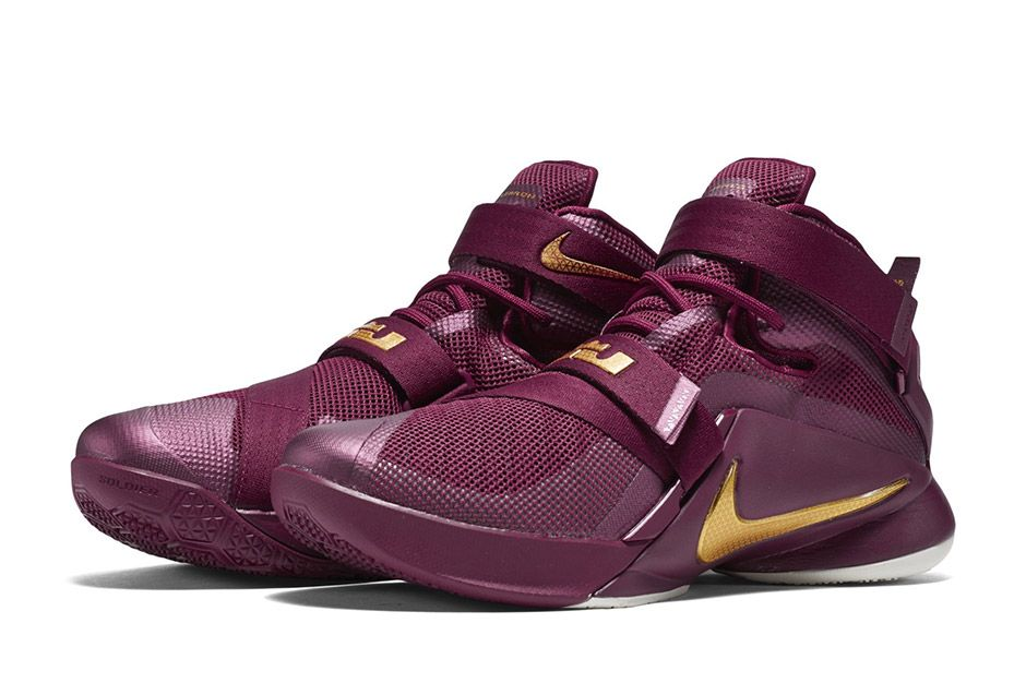 Really Cheap Nike Zoom Lebron James Solider 9 IX Air Bottom Red Black  New year