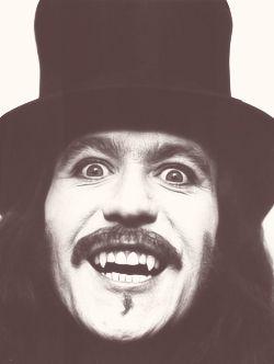Gary Oldman as Dracula. Who doesn't LOVE Gary?!!