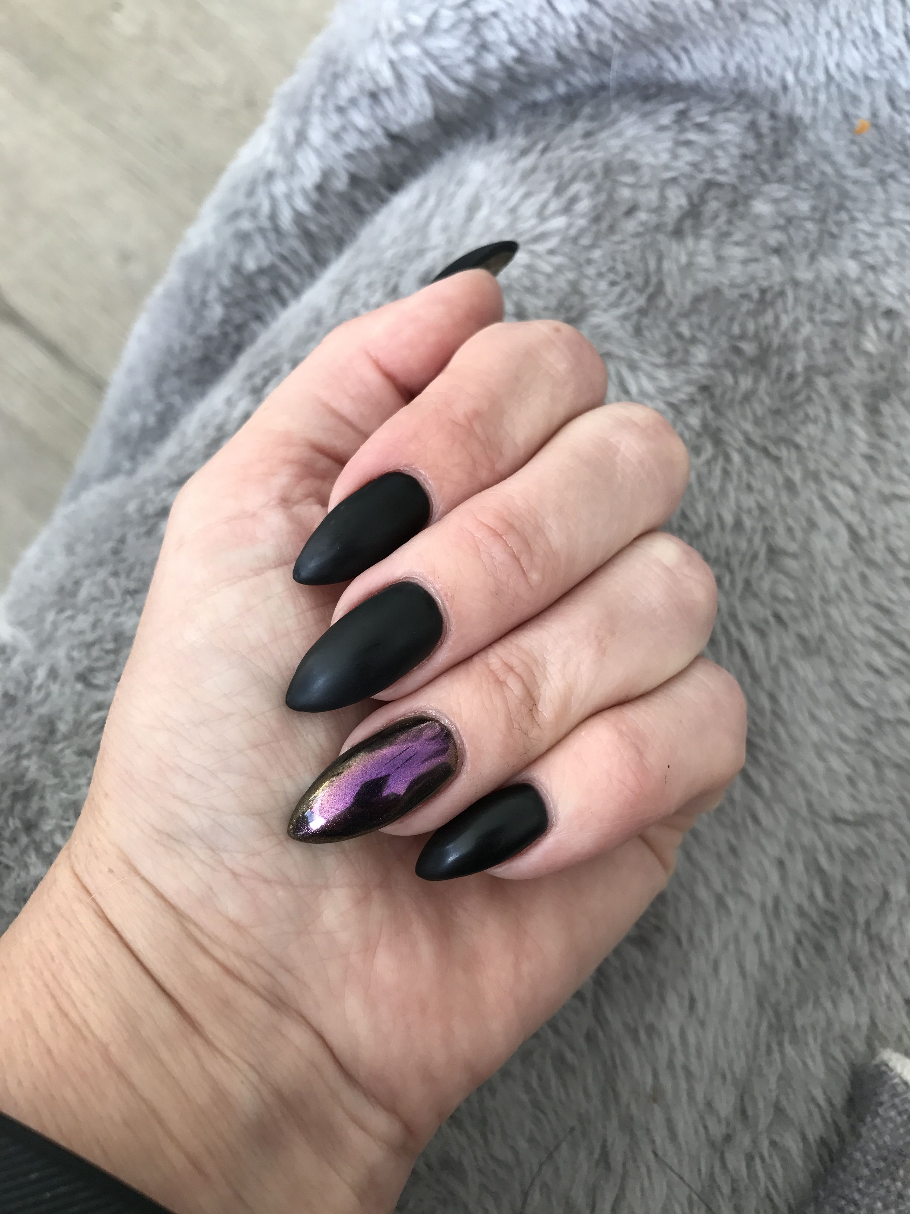 Matte black and chrome nails | Makeup and nails | Pinterest | Chrome ...