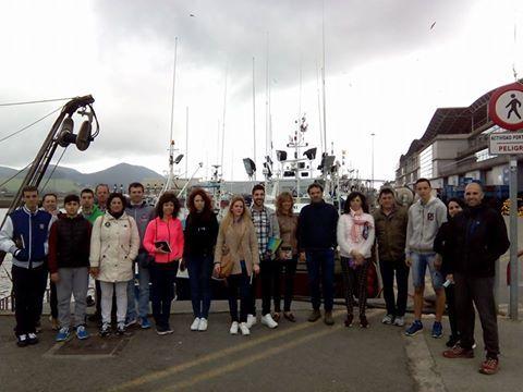 Nuestra visita guiada en el puerto pesquero de #Santoña.  #santoñateespera #turismosantoña #santoñaesanchoa