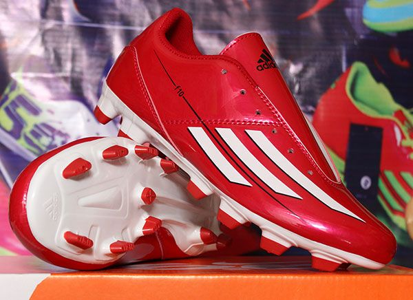 Sepatu Bola Adidas F10 Merah Strip Putih Rp 150 000 Pin Bb