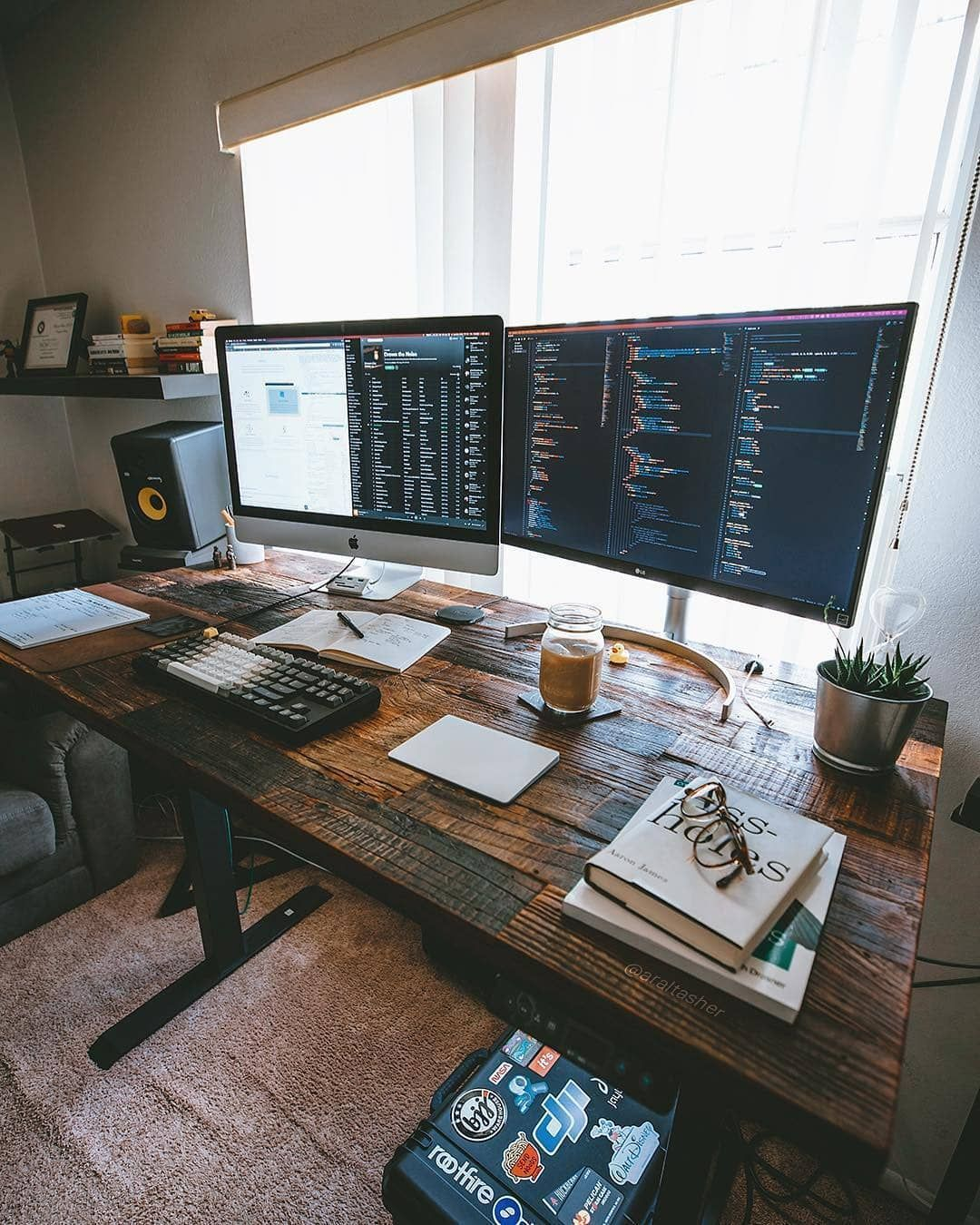 Say Hello To The Webprogrammer Home Office Setup Home Office Design Home Office Furniture Sets