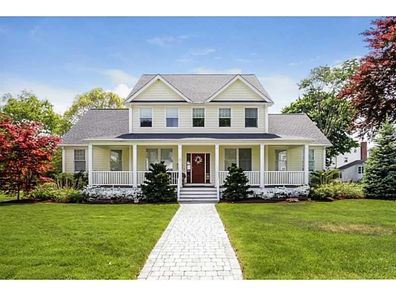 91 Hood Av, East Providence Rhode Island