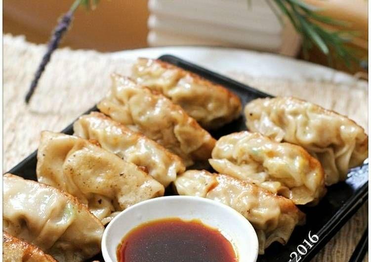 Resep Gyoza Dumpling Simpel Ala Rumah Oleh Tintin Rayner Resep Resep Resep Masakan Resep Daging Sapi