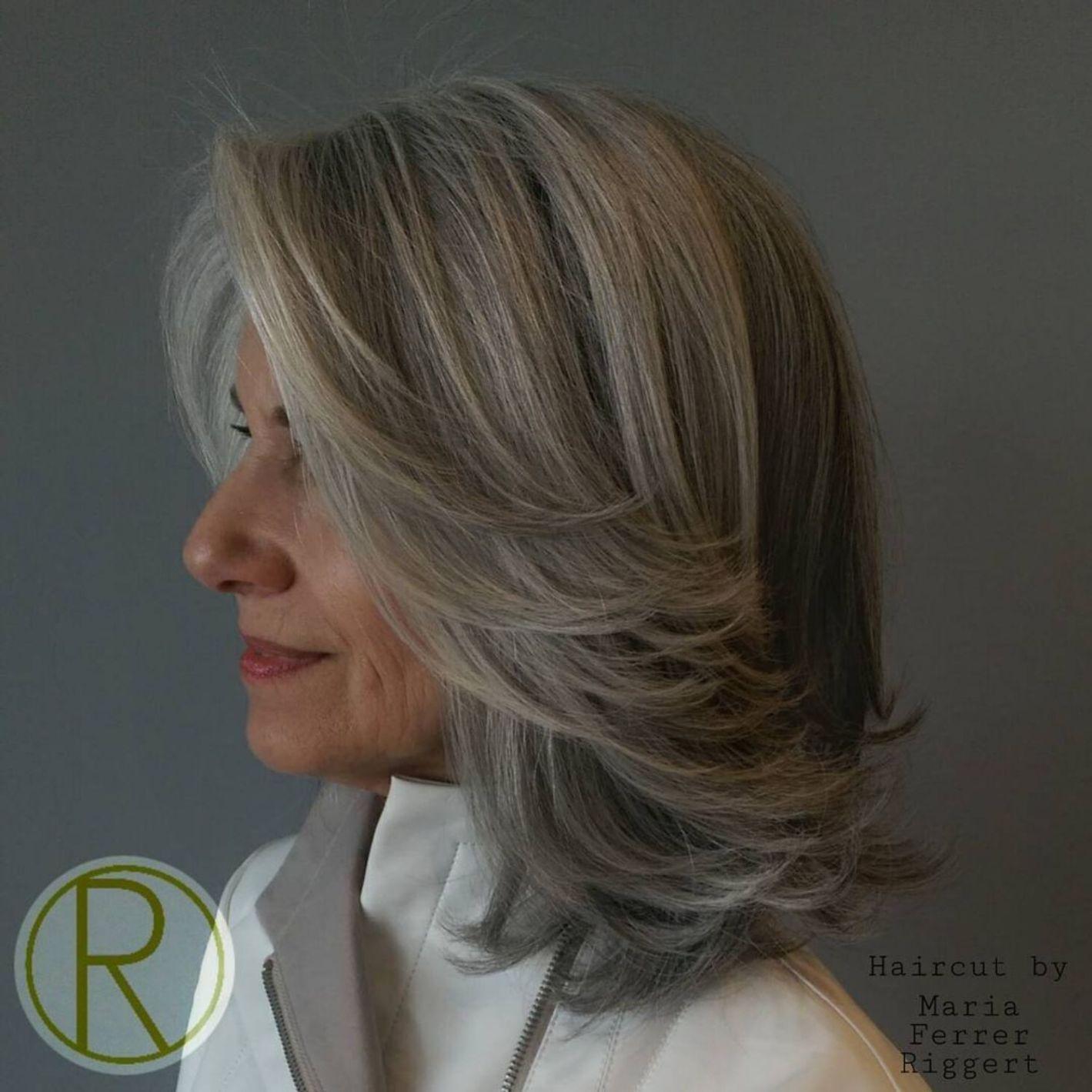 Medium Layered Gray Hairstyle Over 50 in 2020   Medium ...