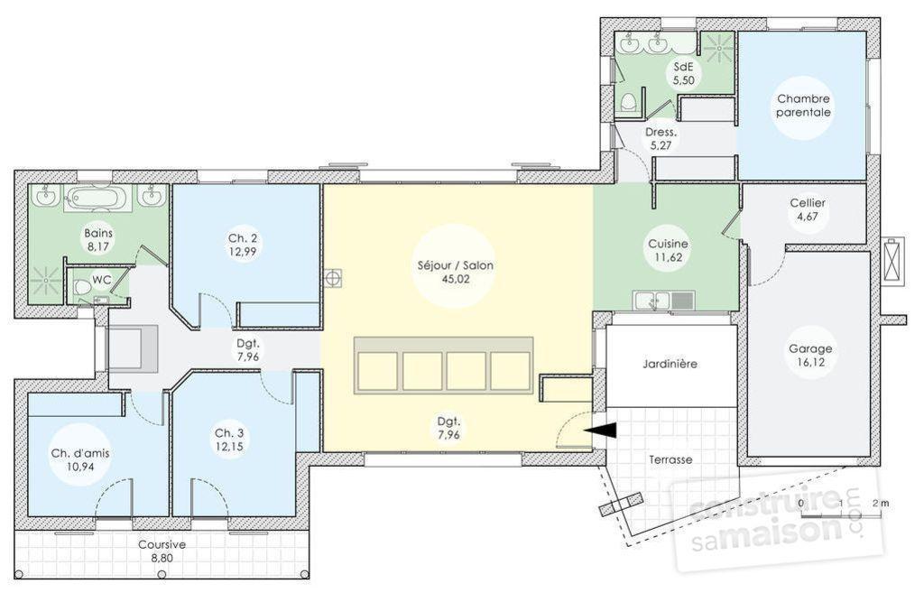 Une maison lumineuse et spacieuse Construction