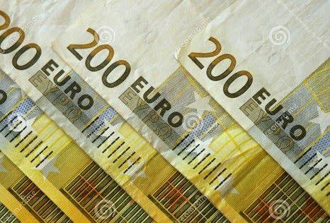 Η Intralot αντλεί 200 εκατ. με ομολογιακή έκδοση -  Αξιοποιώντας το ευνοϊκό κλίμα που διαμορφώνεται μετά την επιτυχή έξοδο της Ελλάδας στις αγορές και την επίτευξη πρωτογενούς πλεονάσματος, η Intralot προσφεύγει στη διεθνή κεφαλαιαγορά προς άντληση φθηνού χρήματος όπως