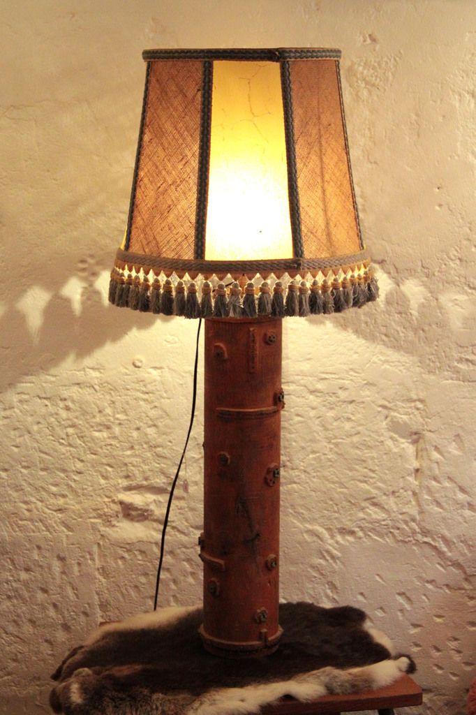 Grande lampe à poser, le pied est un ancien rouleau d\'impression de ...