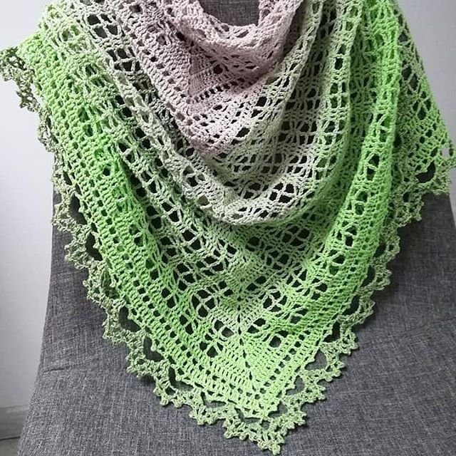 This beautiful #tranquilityshawl is made by Zamfor Cati who won this ...
