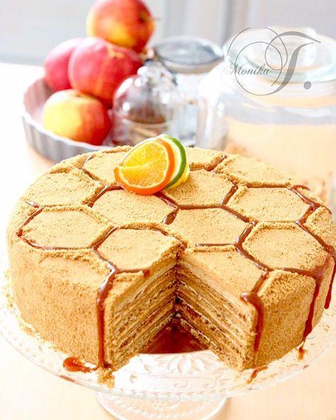 Mal was anderes: Russische Honigkuchen – Medovnik von Monika Triebenbacher