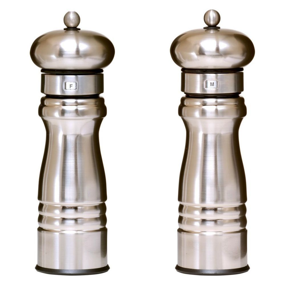 Starting out in California in the early 60's, William Bounds filed for a U.S. patent on pepper mill that incorporated a unique mill that crushed the peppercorns, rather than grinding them. Crushing, rather than grinding the pepper, produces more flavor and reduces the need to use as much.